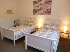 hannah-nunn-lamps-at-elmet-farmhouse-holiday-cottage-yorkshire-37